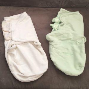 Baby bundle of 2 SwaddleMe wraps.